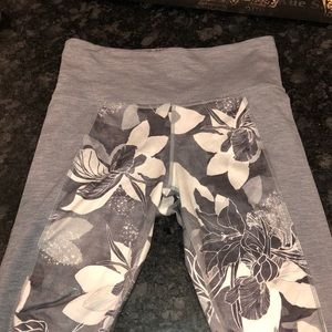 Athleta Leggings Small EUC